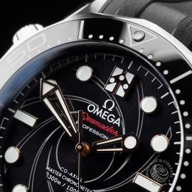 PK21683S Omega Seamaster James Bond Limited Edition Close3
