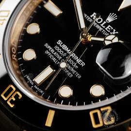 RO22317S Rolex Submariner Date 18ct Yellow Gold Close4