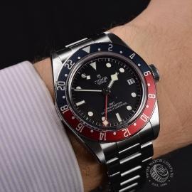 TU21367S Tudor Black Bay GMT Pepsi Bezel Wrist