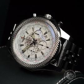 BR20325S_Breitling_Bentley_Close1_1.jpg