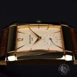 PA20906S_Patek_Philippe_Gondolo_18ct_Close8.JPG