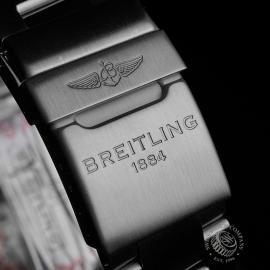 BR22425S Breitling Colt Chronograph Close8 1