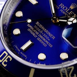RO22203S Rolex Submariner Date Close 4