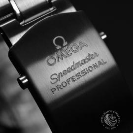 OM21219S Omega Speedmaster Professional Moonwatch (Special Presentation Case) Close4