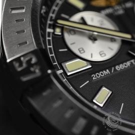 BR21302S Breitling Colt Chronograph Close8