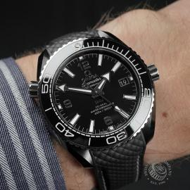 OM22539S Omega Seamaster Planet Ocean 'Deep Black' Wrist
