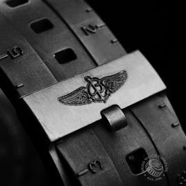BR21210S Breitling Colt Skyracer Close8