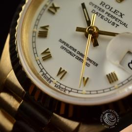 RO21030S Rolex Ladies Datejust 18ct Close5