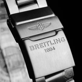 BR21932S Breitling Cockpit B50 Titanium Chronograph Close8