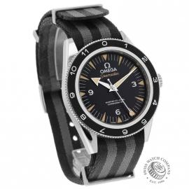 OM20944S_Omega_Seamaster_300_Master_Co_Axial_SPECTRE_Limited_Edition_Dial.jpg
