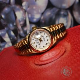 RO21030S Rolex Ladies Datejust 18ct Close10