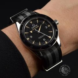 OM20944S_Omega_Seamaster_300_Master_Co_Axial_SPECTRE_Limited_Edition_Wrist.JPG
