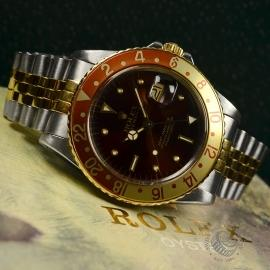 RO20844S_Rolex_Vintage_GMT_Master_(Nipple_Hour_Markers)_Close9.JPG