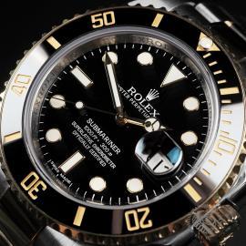RO22521S Rolex Submariner Date Close 2 1