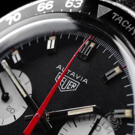 HU1895P Heuer Vintage Autavia Mark 2 Close3 1