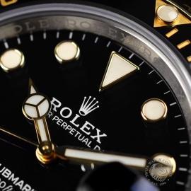 Rolex Submariner Date Close8 2