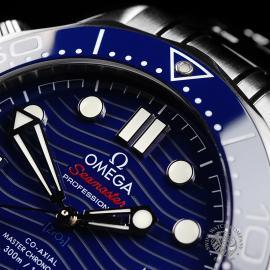 OM22144S Omega Seamaster Professional 300M Close3 1