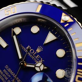 RO22037S Rolex Submariner Date Close3