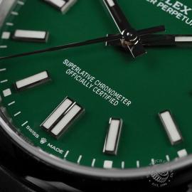 RO22549S Rolex Oyster Perpetual 41 Unworn Close4