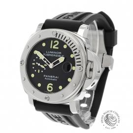 Panerai Luminor Submersible 44mm
