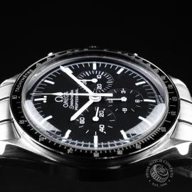 OM21521S Omega Speedmaster Professional Moonwatch Close6