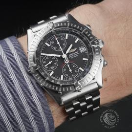 BR22471S Breitling Blackbird Chronograph Wrist
