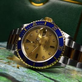 RO20657S Rolex Submariner Date Diamond and Sapphire Dial Close14