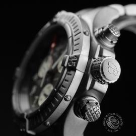 BR20036S Breitling Chrono Avenger M1 Close3