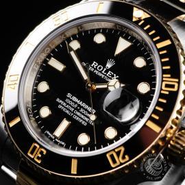 RO22266S Rolex Submariner Date Close 2