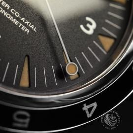 OM20944S_Omega_Seamaster_300_Master_Co_Axial_SPECTRE_Limited_Edition_Close6.JPG
