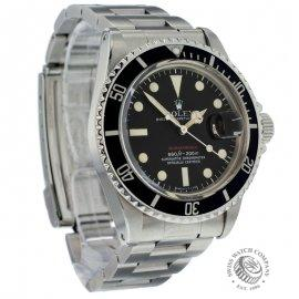 ro17937-red-submariner-dial