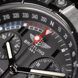 21520S Breitling Avenger Seawolf Chrono Close7
