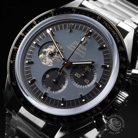 OM21658S Omega Speedmaster Apollo 11 50th Anniversary Limited Edition Close2