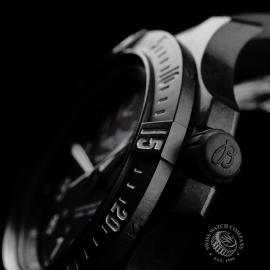 BR21210S Breitling Colt Skyracer Close7