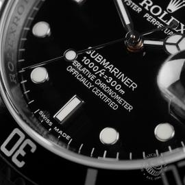 RO22728S Rolex Submariner Date Unworn Close4