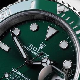 RO21645S Rolex Submariner Date Ceramic 'Hulk' 116610LV Close3