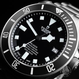 TU21763S Tudor Pelagos Black Close2