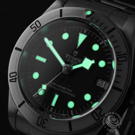 TU22175S Tudor Heritage Black Bay Steel Close1