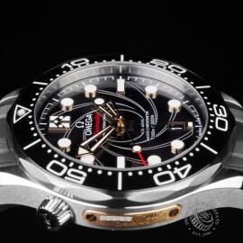 PK21683S Omega Seamaster James Bond Limited Edition Close6 1