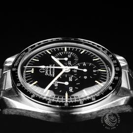 OM22108S Omega Vintage Speedmaster Moonwatch Close6