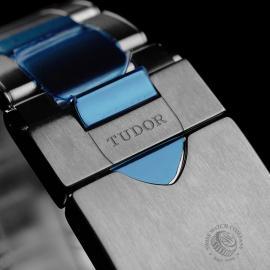 TU22224S Tudor Heritage Black Bay Red Unworn Close8