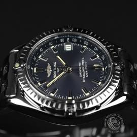 BR20852S_Breitling_Windrider_Close8.JPG