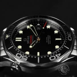 OM20964S_Omega_Seamaster_Professional_Co_Axial_300m_Close8_1.JPG