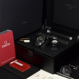 OM20944S_Omega_Seamaster_300_Master_Co_Axial_SPECTRE_Limited_Edition_Box.JPG