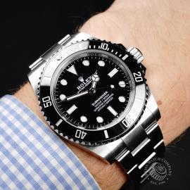 RO22056S Rolex Submariner Non Date Wrist