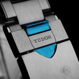 TU21944S Tudor Heritage Black Bay Close8