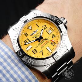 BR22011S Breitling Avenger II Seawolf Wrist