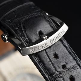 1351P Roger Dubuis Much More 18ct White Gold Close4