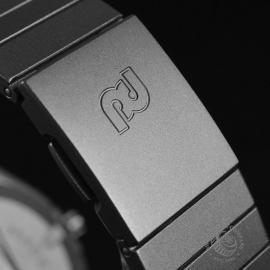 18809S Porsche Design by IWC Sportivo Chrono Close5