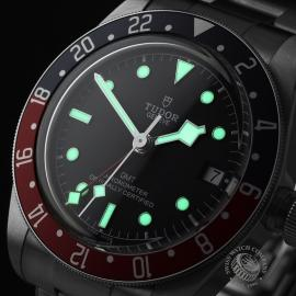 TU21630S Tudor Black Bay GMT Pepsi Bezel Close1